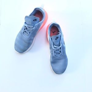 Nike Shoes - Nike Air | Women's Max Motion Sneakers Size 11